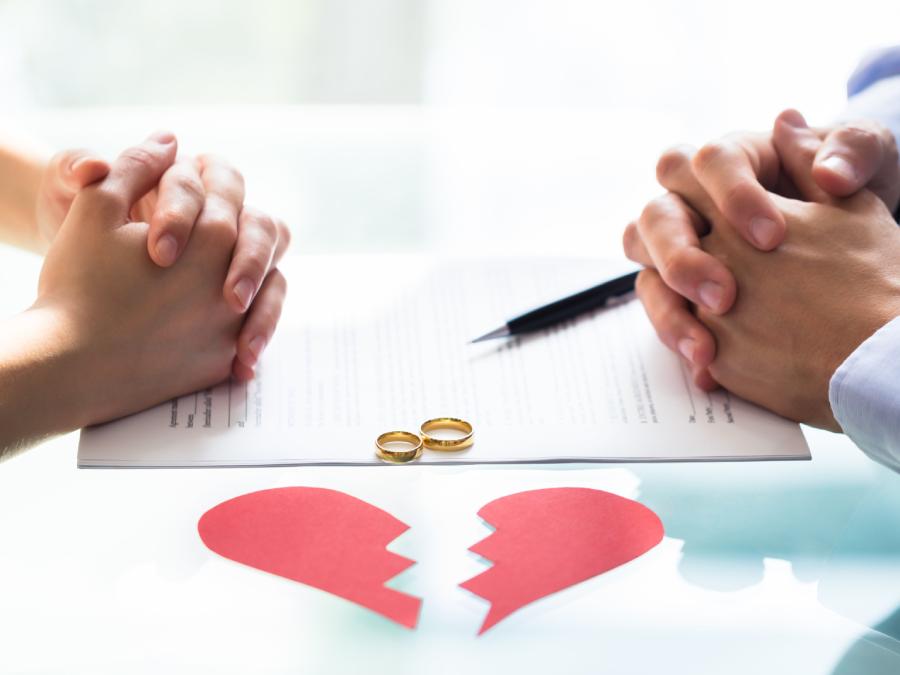 Đây là những lý do giết chết tình yêu, lý do đầu tiên dễ bỏ qua khi yêu nhưng là 'liều thuốc độc' sau khi cưới