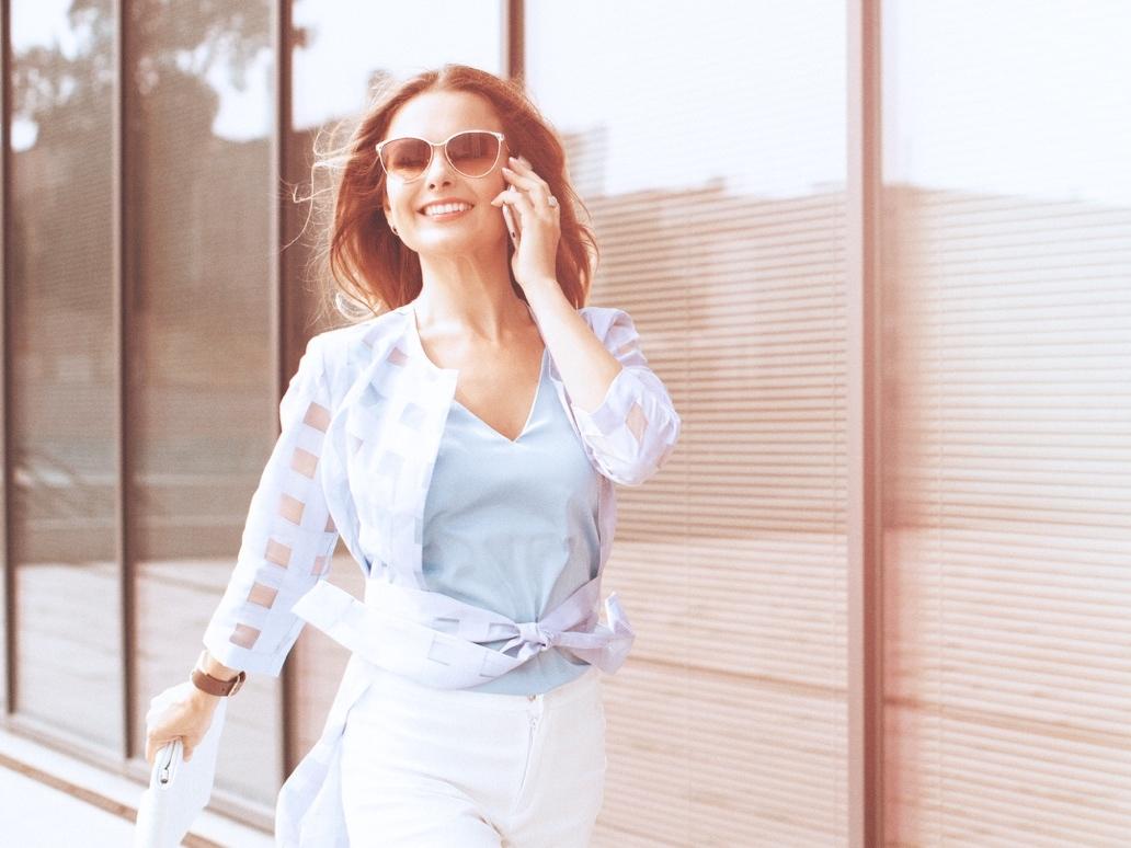 Đàn bà 50 gửi phụ nữ 30: Hãy tỉnh ngộ, đừng khư khư ôm 4 việc này nếu không muốn hối hận