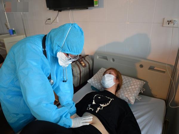 Thêm một bệnh nhân nghi tái dương tính với SARS-CoV-2 sau khi xuất viện, được chuyển từ Phú Thọ lên Hà Nội theo dõi