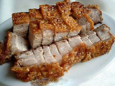 Thịt lợn rán làm kiểu này cả nhà ăn hoài chẳng ngán, gắp không dừng đũa - Ảnh 1