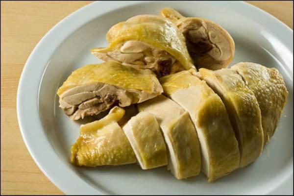 Gia đình Việt nên ăn thịt gà hay ngan, vịt để tốt cho sức khỏe? - Ảnh 1