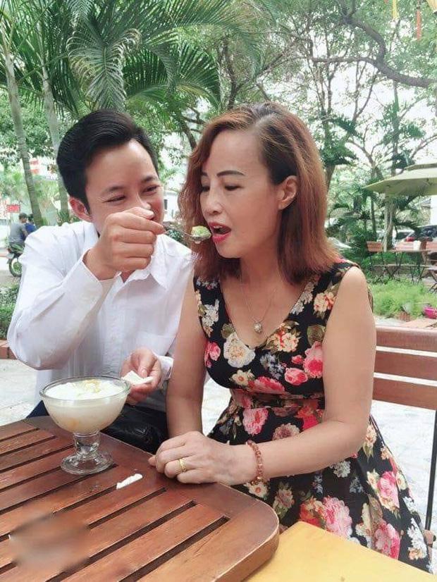Bị tố lạnh nhạt với người vợ 62 tuổi, anh chồng Hoa Cương lên tiếng xác thực về tin đồn - Ảnh 5