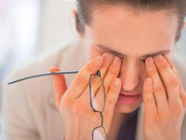 9 biểu hiện trên cơ thể tố cáo gan đang gặp vấn đề