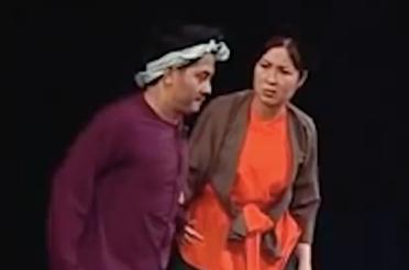 Hồng Vân - Anh Vũ tung hứng ăn ý trên sân khấu kịch
