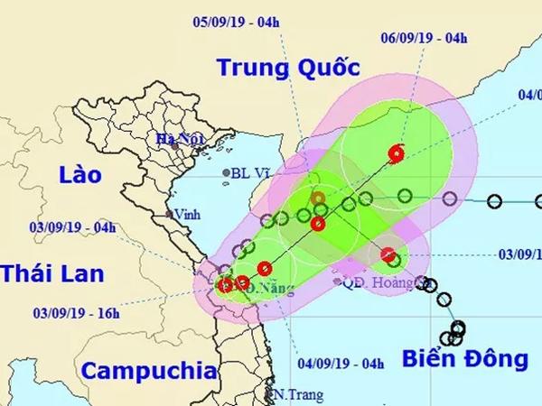 Áp thấp nhiệt đới vừa đổ bộ đất liền lại đổi hướng ngược ra Biển Đông