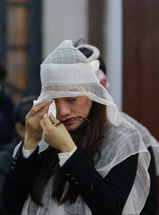 Dù đã ly hôn, chồng cũ Trương Ngọc Ánh vẫn làm điều này khi nghe tin bố vợ mất - Ảnh 1