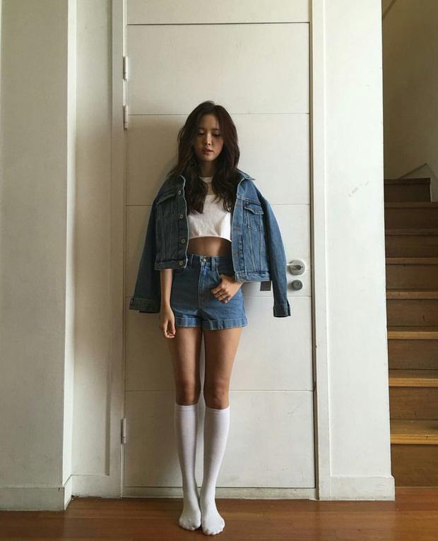 Những nữ idol Kpop sở hữu body chuẩn từng milimet, đôi chân dài đáng giá ngàn vàng khiến fan mê mệt  - Ảnh 6