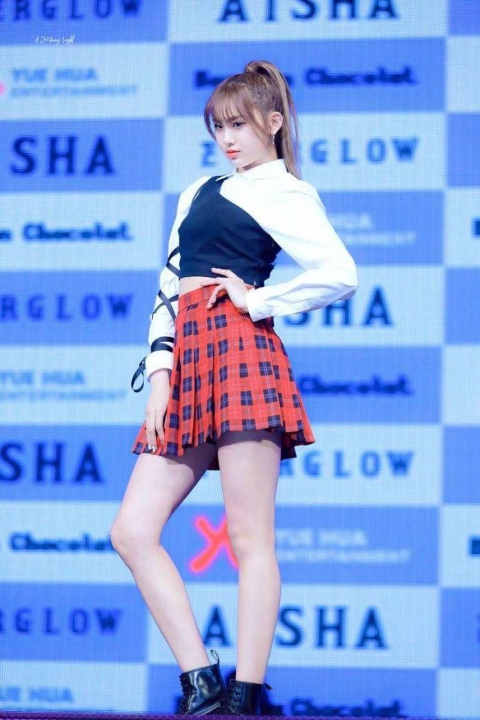 Những nữ idol Kpop sở hữu body chuẩn từng milimet, đôi chân dài đáng giá ngàn vàng khiến fan mê mệt  - Ảnh 5