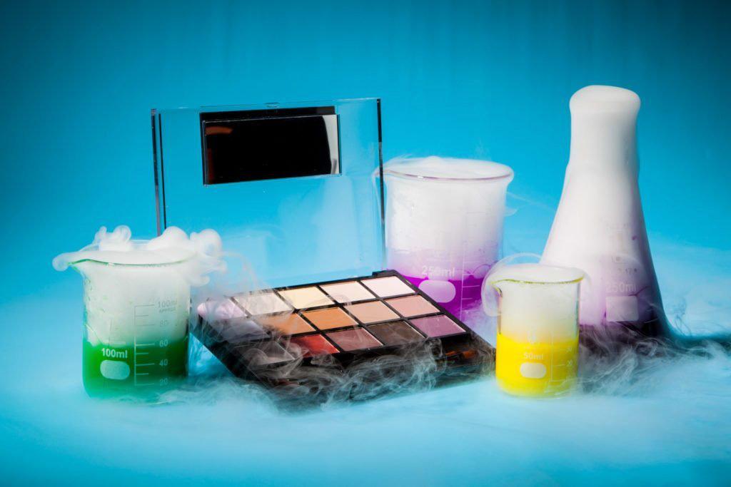 Cảnh báo: 5 hóa chất độc hại có thể ẩn nấp trong các sản phẩm chăm sóc da, tích lũy nhiều gây viêm da, rối loạn nội tiết, ung thư - Ảnh 2