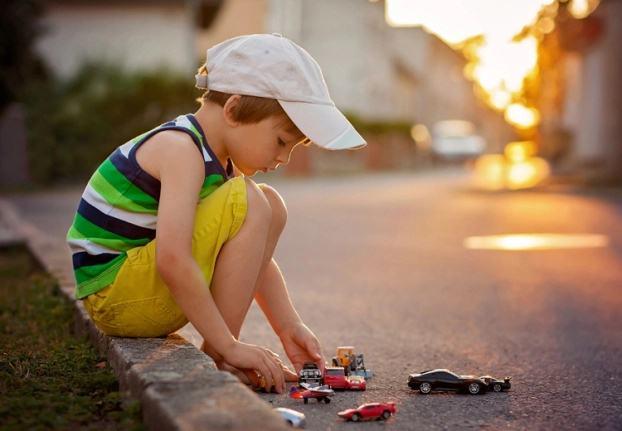 3 điều nên tránh nếu nhà có con trai để con trưởng thành và có trách nhiệm hơn - Ảnh 2