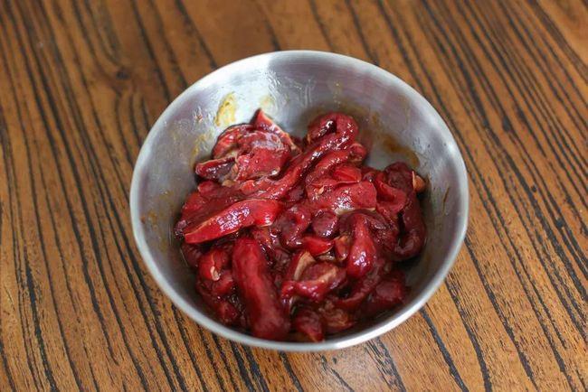 Làm thịt bò khô bằng nồi chiên không dầu: Vừa dễ làm lại có món ngon hết cỡ đón Tết - Ảnh 1