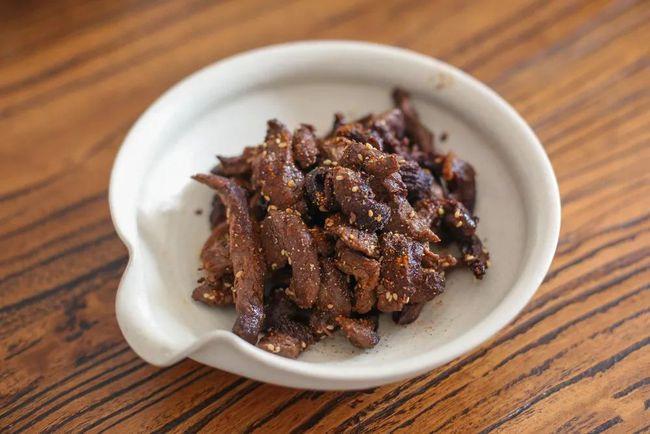 Làm thịt bò khô bằng nồi chiên không dầu: Vừa dễ làm lại có món ngon hết cỡ đón Tết - Ảnh 4