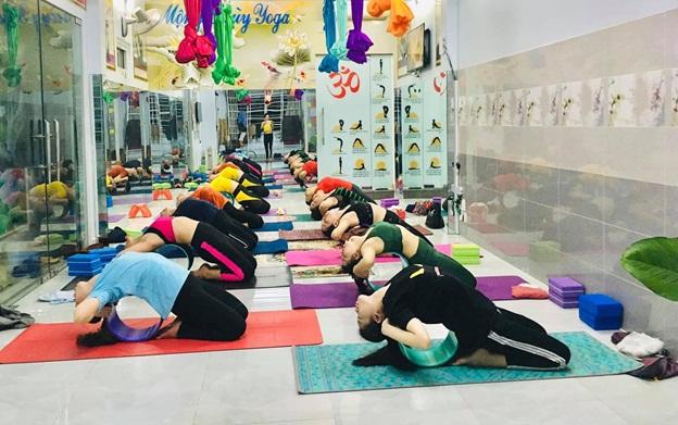 Mộng Thùy Yoga 'bí quyết sống vui sống khỏe' - Ảnh 1