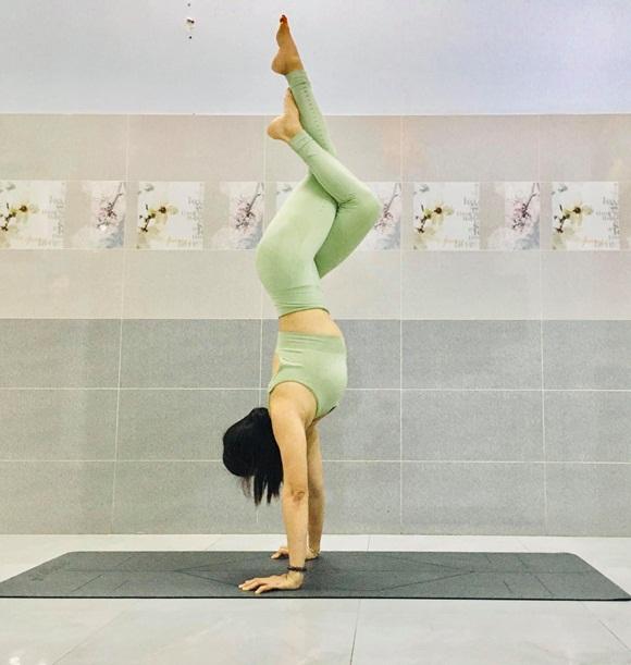 Mộng Thùy Yoga 'bí quyết sống vui sống khỏe' - Ảnh 2