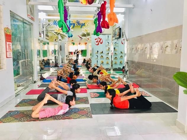 Mộng Thùy Yoga 'bí quyết sống vui sống khỏe' - Ảnh 6