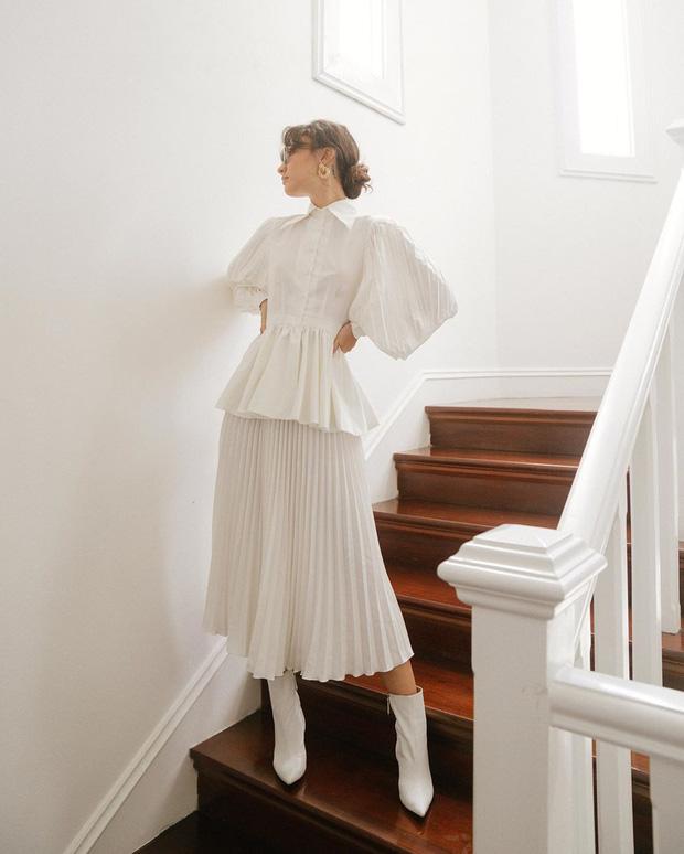 Sắm blouse trắng tiểu thư chanh sả rồi găm đủ 3 bí kíp mix đồ thì bạn sẽ thăng hạng phong cách ngay - Ảnh 4
