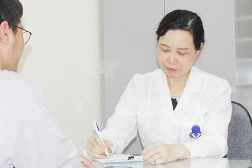 Viêm mũi dị ứng lúc giao mùa: Chuyên gia nói về dấu hiệu và cách điều trị - Ảnh 1