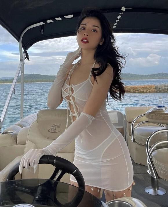 """Cách mỹ nhân Việt """"trả thù"""" người yêu sau chia tay: Thành CEO, mua nhà chục tỷ, lấy chồng đại gia - Ảnh 6"""