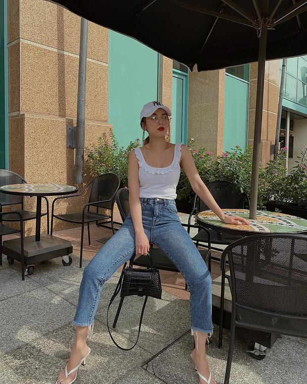 Diện quần jeans, chị em hãy học sao Việt mix với 4 kiểu giày sau là chuẩn chỉnh, còn kéo chân dài tít tắp - Ảnh 2