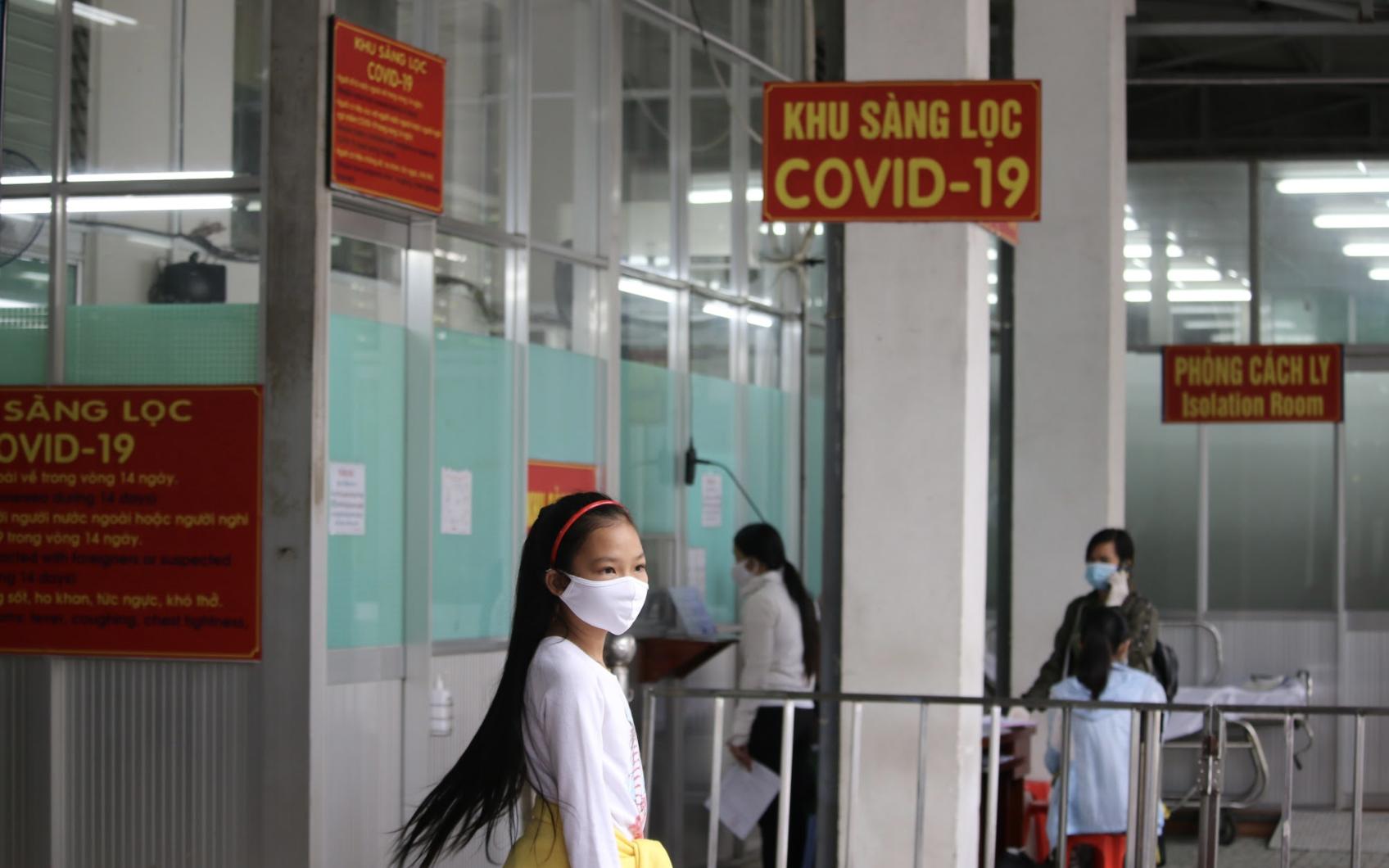 196 nhân viên Bệnh viện Chợ Rẫy liên quan đến bệnh nhân 449 và 450 đã có kết quả xét nghiệm COVID-19 - Ảnh 3