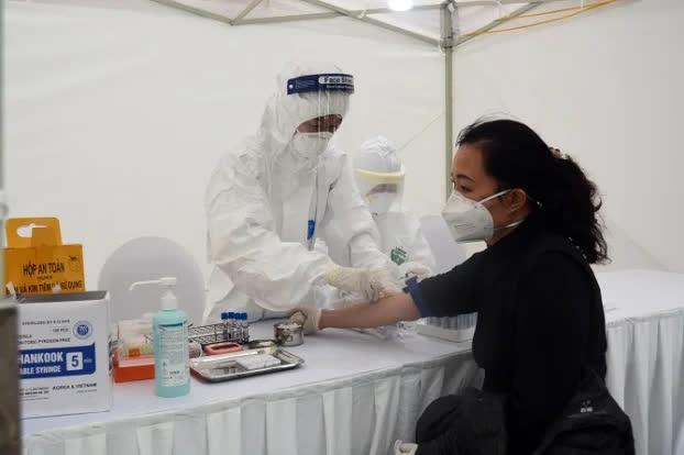 Những bệnh viện nào ở Hà Nội tiếp nhận cách ly, điều trị bệnh nhân COVID-19? - Ảnh 1