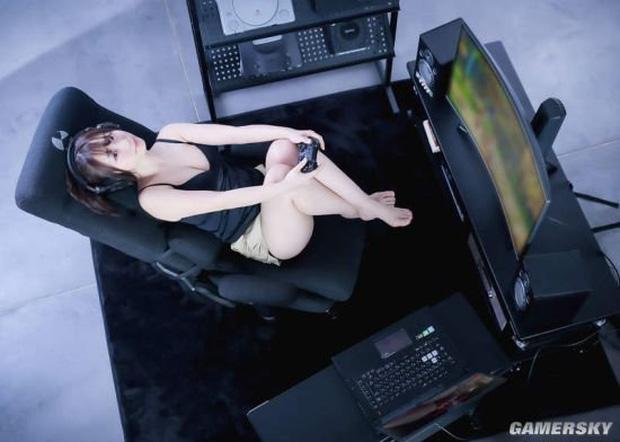 Nữ cosplayer khoe trải nghiệm ghế gaming mới, cộng đồng chỉ chú ý 'tâm hồn' đẹp! - Ảnh 2