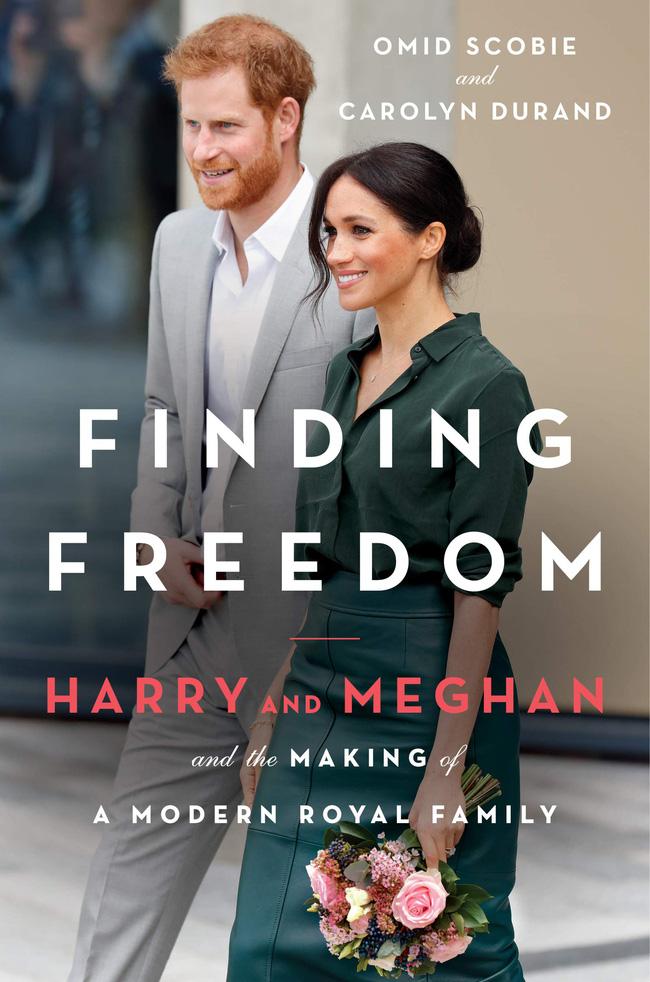 Sách mới về nhà Sussex tiết lộ sự thật đằng sau tranh cãi giữa Meghan với Nữ hoàng về chiếc vương miện 'không được phép dùng trong hôn lễ hoàng gia' - Ảnh 2