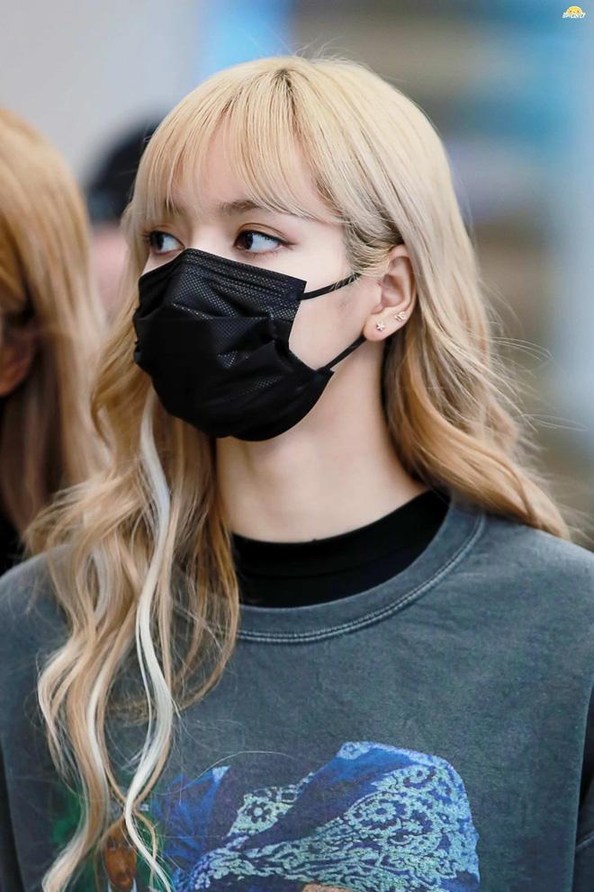 Cùng đeo khẩu trang nhưng sao Hàn cũng chia team rõ rệt: Phe makeup kỹ càng, phe vô tư mặt mộc - Ảnh 4