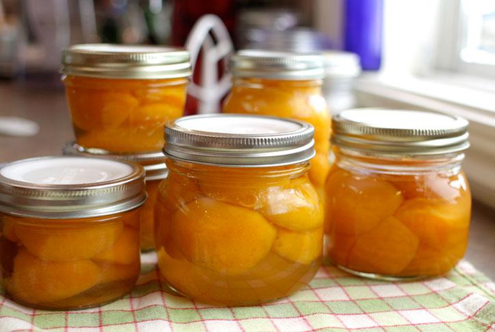 Trứng gà ngâm mật ong là nguồn cung cấp collagen, chất chống oxy hóa dồi dào giúp ngăn ngừa da