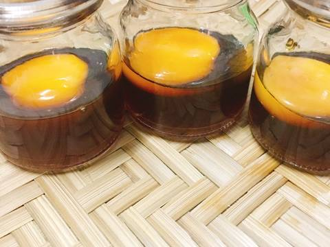 Trứng gà khi kết hợp với mật ong sẽ tạo nên món ăn bổ dưỡng, giàu dưỡng chất có lợi cho da và sức khỏe