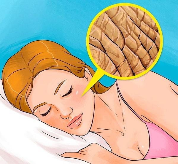 Điều gì xảy ra nếu không tẩy trang trước khi ngủ? - Ảnh 3
