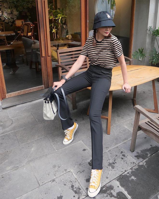 5 kiểu giày mát mẻ, mix đồ nào cũng hợp lại còn kéo dài chân được sao Việt diện tới tấp, nàng nào cũng nên thử - Ảnh 5