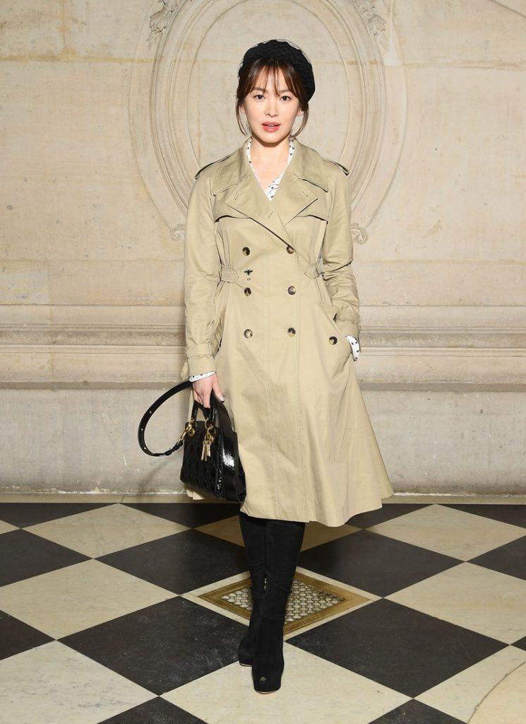 Nghịch lý Song Hye Kyo: Làm mẫu thời trang thì bị chê, quảng bá trang sức lại sang như bà hoàng - Ảnh 2