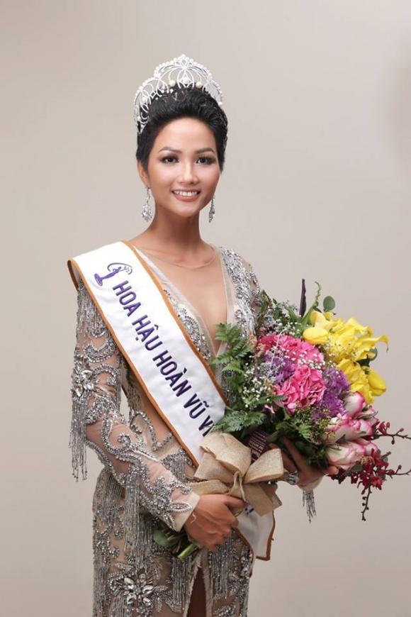 'Đứng hình' khi xem bảng thành tích học tập của tân Hoa hậu Hoàn vũ Việt Nam - Ảnh 1