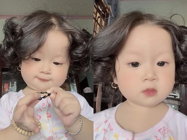 Bé gái bụ bẫm để tóc 'bà thím' siêu yêu khiến dân mạng xuýt xoa 'búp bê phiên bản đời thực đây rồi'