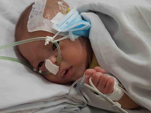 TP.HCM: Xót xa bé trai bị mẹ bỏ rơi sau 2 ngày chào đời