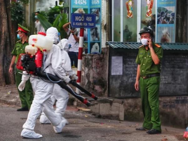 Bệnh nhân 76 tuổi mắc COVID-19 ở Hà Nội: Ăn phở, uống cafe trên phố, đi Vinmart mua đồ