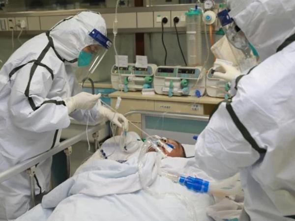 Chiều 26/8, bệnh nhân mắc COVID-19 qua đời sau khi điều trị khỏi COVID-19