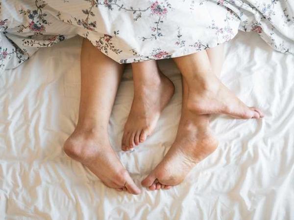 Chồng mắc ung thư miệng, vợ ung thư cổ tử cung vì thói quen sinh hoạt tình dục tai hại mà nhiều cặp vợ chồng khác cũng rất thích