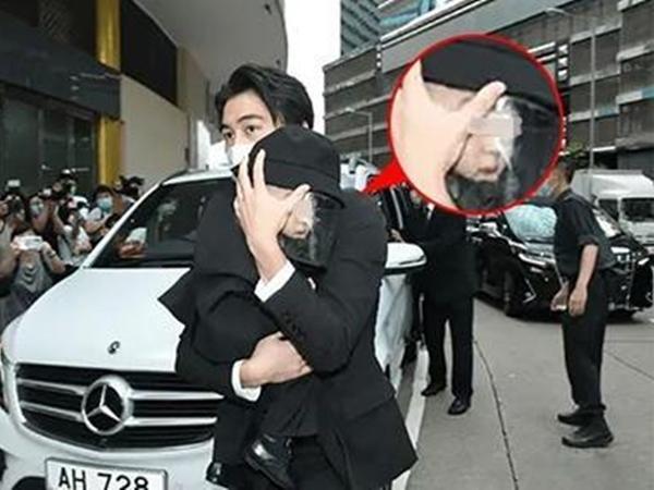 """Con trai siêu mẫu Victoria's Secret chính thức lộ mặt trong tang lễ ông nội - """"vua sòng bài Macau"""", thừa hưởng nhiều nét đẹp từ cả bố và mẹ"""