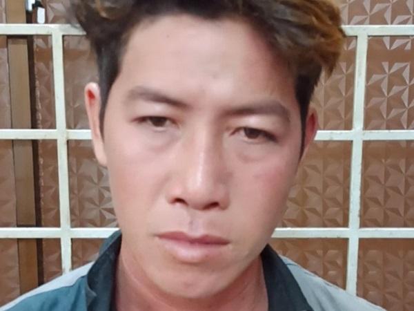Đi khách sạn 'tâm sự' với bạn trai quen qua mạng, nữ sinh viên bị quay clip nóng tống tiền