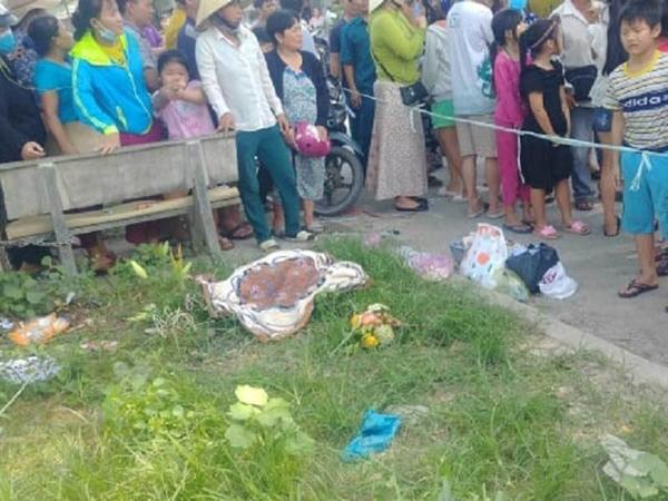 Vụ bé trai sơ sinh bị nhét giấy vào miệng vứt bên lề đường: Có dấu hiệu bị sát hại