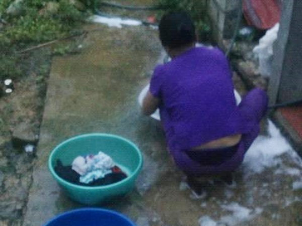 Mẹ chồng tuyệt vời nhất năm: Dậy từ 5 giờ rưỡi sáng giặt đồ cho con dâu khiến hội chị em phát sốt