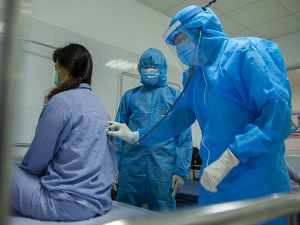 Sau 10 ngày điều trị, 18 ca nhiễm Covid-19 ở Đà Nẵng đã có kết quả âm tính