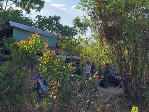 Bình Phước: Phát hiện thi thể bé sơ sinh trong bao tải ở giữa vườn điều