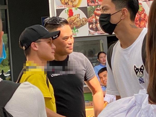 """Quang Hải xuất hiện bình thản tại Phú Quốc sau lùm xùm bị """"cắm sừng"""", không có cô gái nào bên cạnh?"""