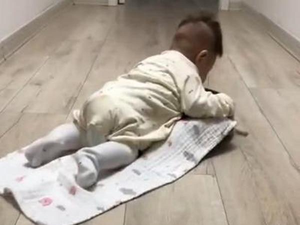 Mẹ trẻ 'IQ vô cực' chế robot hút bụi thành 'bảo mẫu' trông trẻ khiến dân mạng phục sát đất