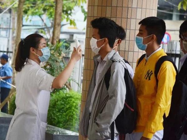Tối 8/9, thêm 5 ca nhiễm COVID-19, trong đó có 2 mẹ con ở Lào Cai