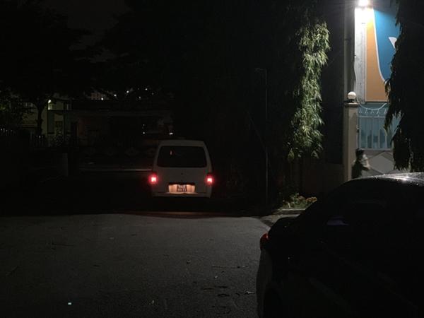 TP.HCM: Đâm chết bạn trai tại nơi làm việc, cô gái 26 tuổi thản nhiên về nhà tắm rửa rồi đi đầu thú