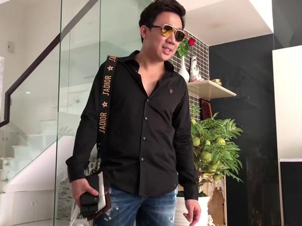 Trấn Thành méo mặt vì bị Hari Won cắt hơn 1 triệu tiền tiêu